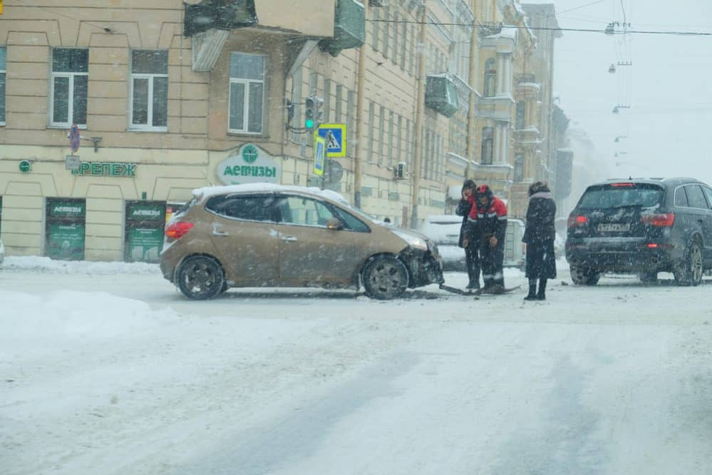 Driving Safety in Snow 1