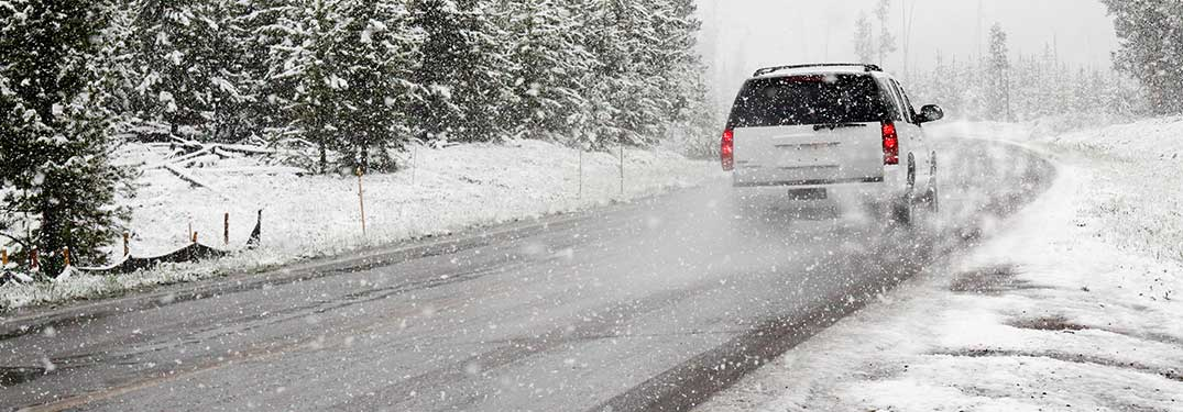 How to Handle Your Car on Snow and Ice