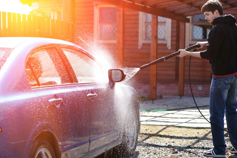 Gas vs. Electric Pressure Washers