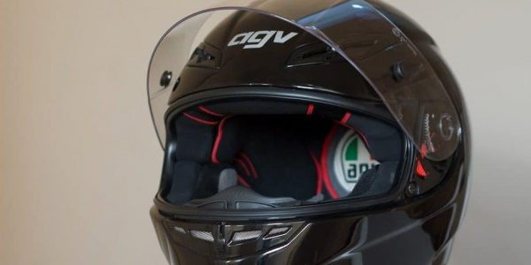 13 Best Carbon Fiber Helmets (Updated 2019)