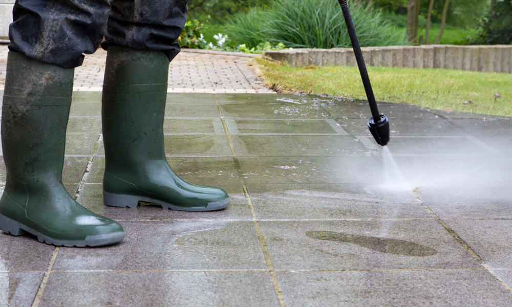 Avoid using on a dry ground