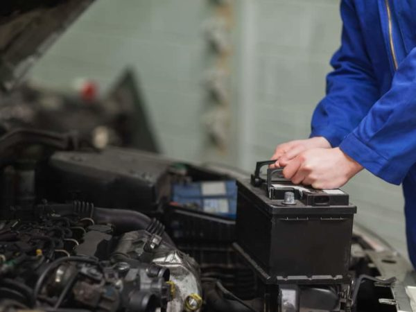 10 Easy Steps to Change a Car Battery