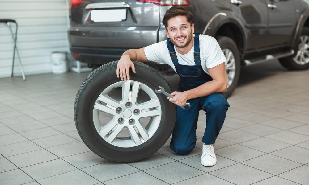 13 Easy Steps to Plug a Tire