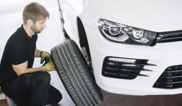 19 Complete Steps to Patch a Tire
