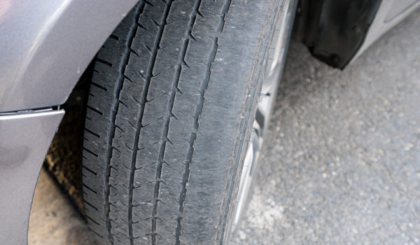 4 Causes of tire Wear on the Outside Edge