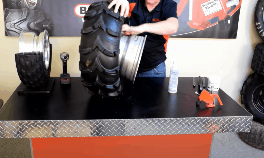 Rotate the breaker around the inside of the tire