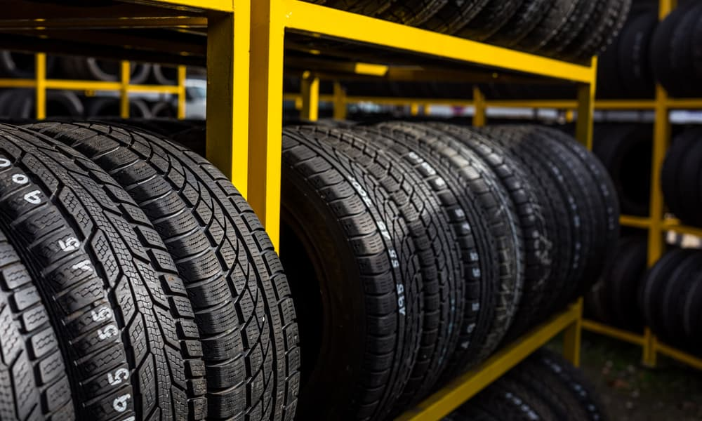 What is a radial tire